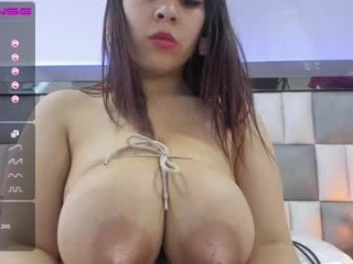 silviarichie_jade bisexual young cam girl fucking boys and girls live on sex camera