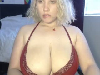 xxxzeni young cam girl doing the sexiest things in her private chat room