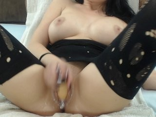 sweeteneea sex cam with a sweet that's also incredibly naughty