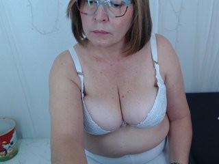 madameboobs69 mature cam girl slut with big, firm tits masturbating live on sex cam