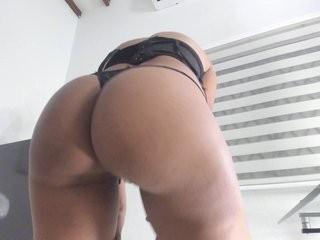 khendallg show live sex via webcam